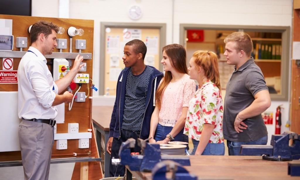 Een open dag organiseren: Hoe overtuig je ouders en leerlingen om te kiezen voor jouw school?