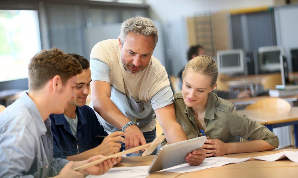 Love at first sight: laat leerlingen meebeslissen wie er voor de klas staat