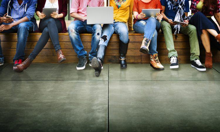 Samenvatting advies Onderwijsraad: Doordacht digitaal