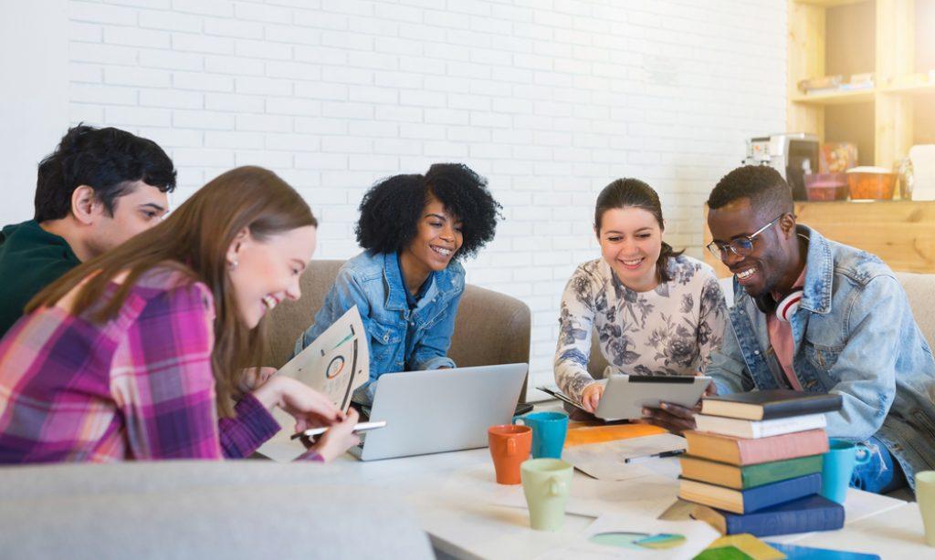 Over de zogenaamd trage digitalisering van het onderwijs