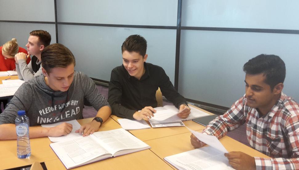 Mbo archives maak werk van onderwijs for Interieur opleiding mbo