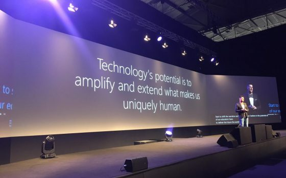 slide met tekst: technology's potential is to amplify and extend what makes us uniquely human